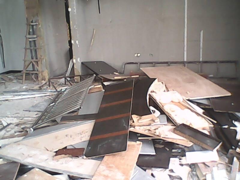 石膏板隔断拆除
